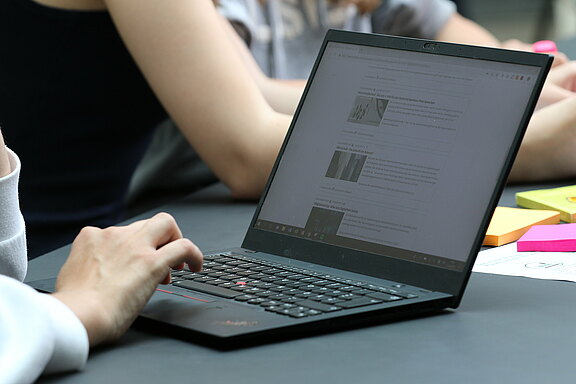 Laptop_Website.JPG